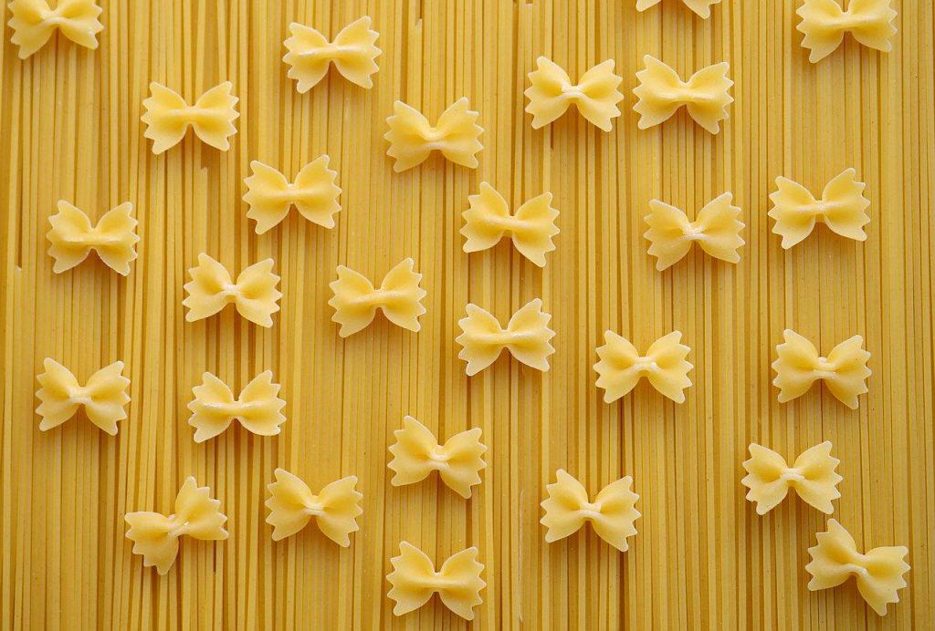 pasta christmas wreath ornament craft